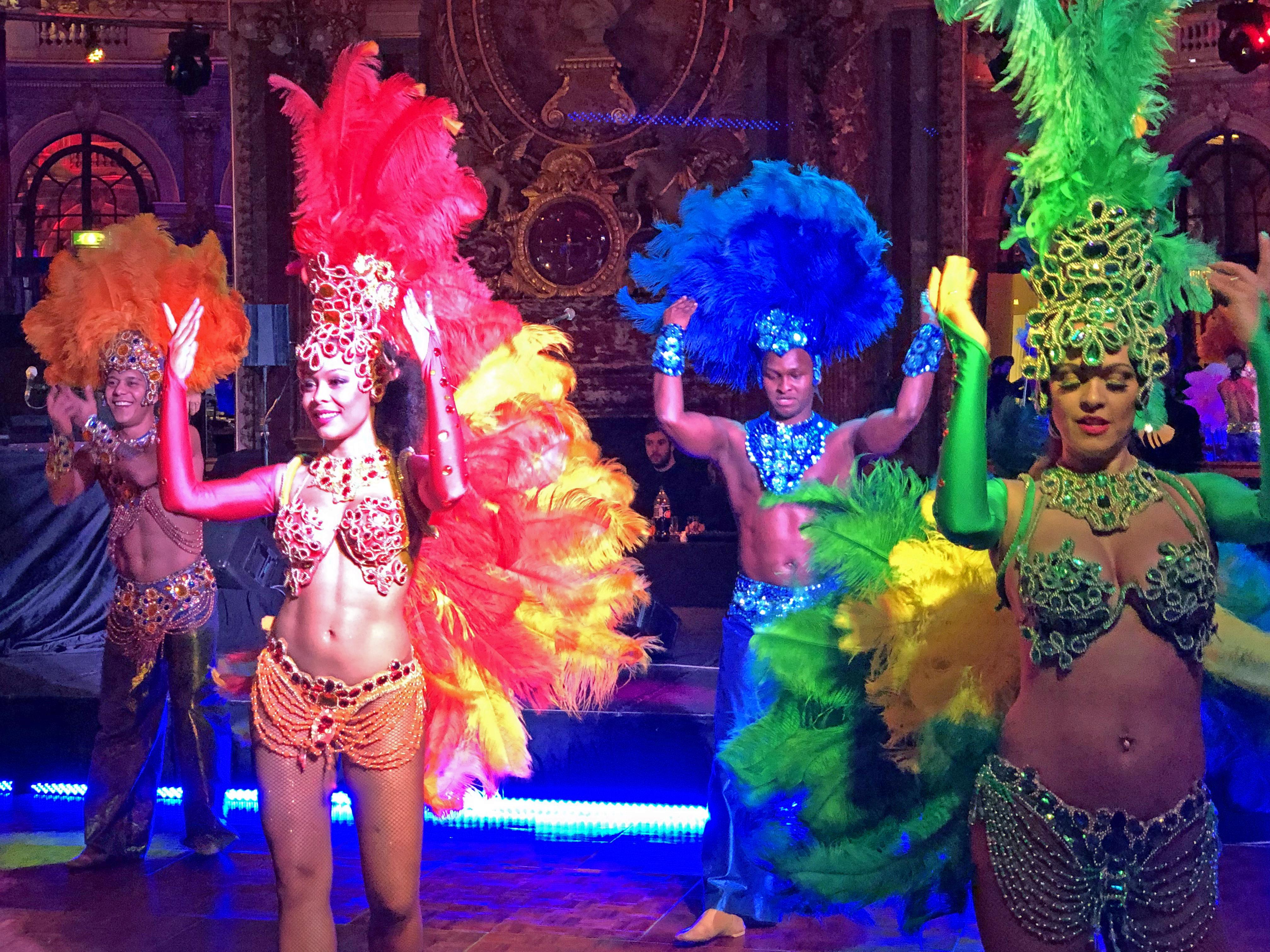 Danseuses de Carnaval à l'anniversaire d'entreprise chez Intercontinental Hotels